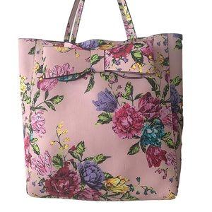 Betsy's Johnson Floral Tote shoulder bag
